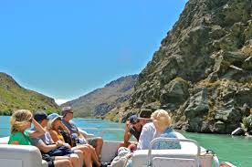 Clutha river cruises pontoon